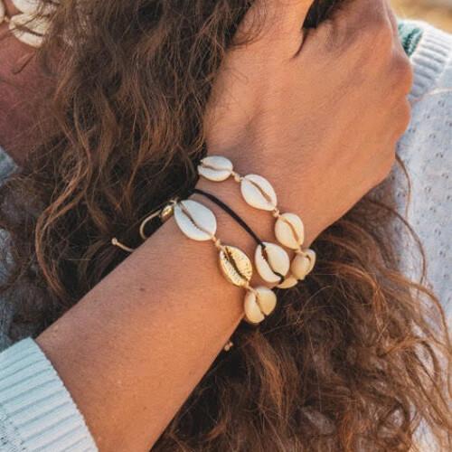 Bracelet seashell